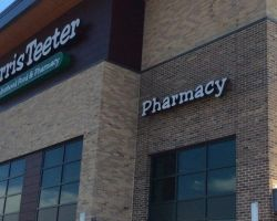 Harris_Teeter_Food_and_Pharmacy